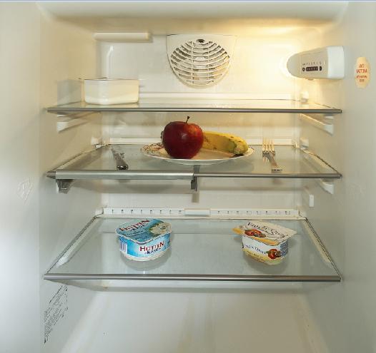 Ako najlapšie vyčistiť chladničku a zbaviť ju zápachu